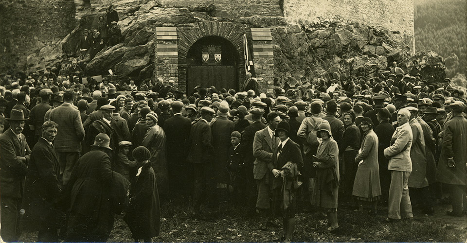 Eilean Donan - Grand opening