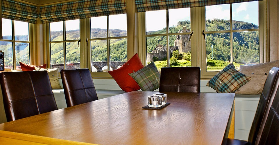 eilean-donan-self-catering-dining